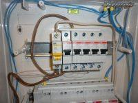 Как правильно подсоединить автомат в электрощиток