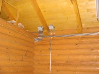 Разводка электричества в деревянном доме