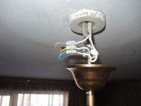Как установить люстру с тремя проводами