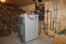 Отопление дачного дома электричеством и дровами
