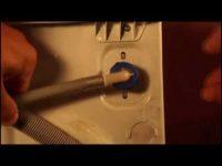 Почему плохо поступает вода в стиральную машину