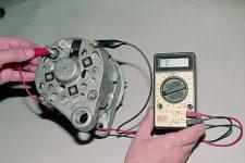 Как узнать дает ли генератор зарядку